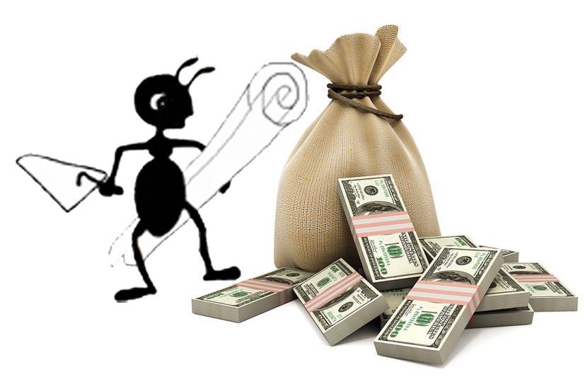 муравей с деньгами